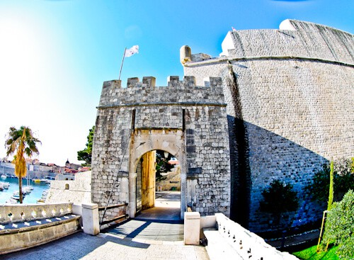 Dubrovnik Croatia - Things to do in the UNESCO city - Ploce Gate