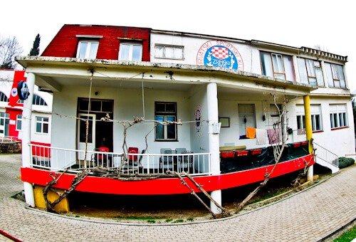 HSK Zrinjski Mostar - Bijeli Brijeg Stadium Tour - Club Shop
