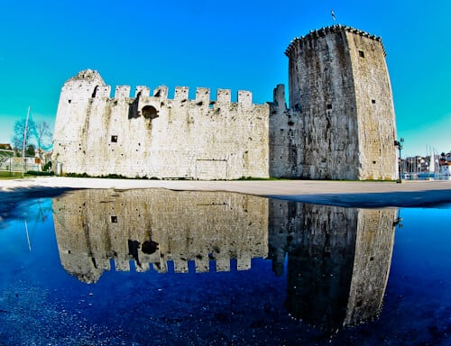 Trogir - A day trip from Split Croatia to the UNESCO city - Kamerlengo Fortress