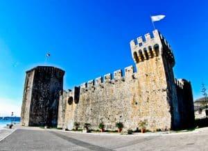 Trogir - A day trip from Split Croatia to the UNESCO city - Kamerlengo Castle