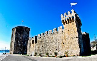 Trogir - A day trip from Split Croatia to the UNESCO city - Kamerlengo Castle