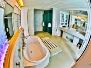 Pattaya Hotels - Amari Ocean Beach Road - En Suite Bathroom