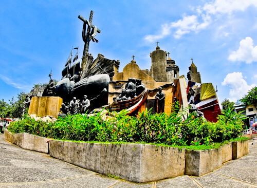 Cebu - Things to do in Cebu City Philippines - Heritage of Cebu Monument