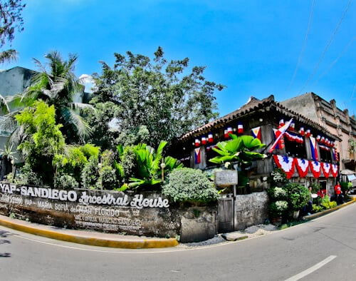 Cebu - Things to do in Cebu City Philippines - Yap San Diego Ancestral House - Chinese Colonial Building