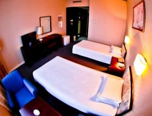 Hotel Yanggakdo - Pyongyang hotel North Korea - Guest Room