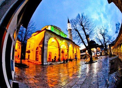 Sarajevo - What to see in Sarajevo, Bosnia and Herzegovina - Gazi Husrev-beg Mosque