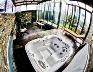 Snow Hotel - Instagram Worthy Seoul Hotels - Triple Cinema Penthouse Rooftop Jacuzzi