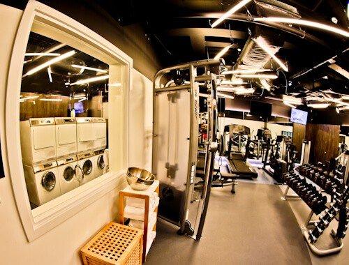 South Point Suite - London Bridge Hotel - 24 Hour Laundry Room