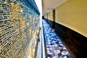 South Point Suite - London Bridge Hotel - A Hotel with a View - Where old meets new