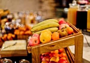 South Point Suite - London Bridge Hotel - Complimentary Breakfast Buffet