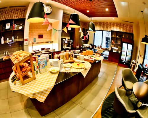 Staybridge Suites - London Vauxhall - Where to stay in London - Complimentary buffet breakfast