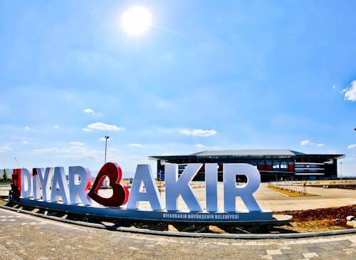Diyarbakır Stadium Tour - Diyarbakırspor FC - Kurdistan, Turkey - Diyarbakir Sign