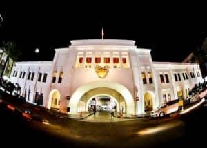 Things to do in Bahrain - Bab Al Bahrain, Customs Square