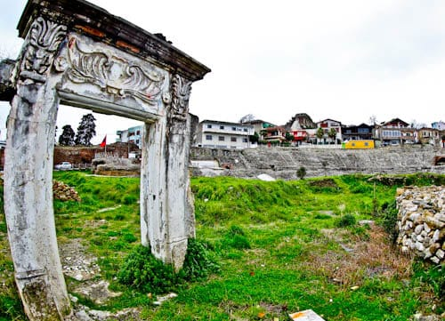 Albania - Roman Amphitheater of Durres - How do you lose a huge Roman Amphitheater