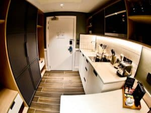Staybridge Suites Extended Stay Manchester Hotel, Oxford Road - Fully equipped kitchen