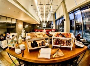 Crowne Plaza Hotel - Manchester Oxford Road - Complimentary Breakfast Buffet