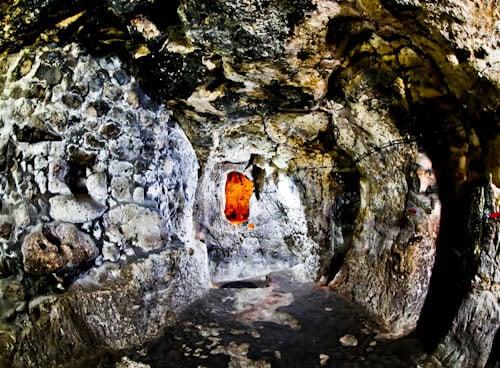 The Deepest Cappadocia Underground City - Derinkuyu - Hidden Entrance