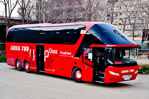 how to get from Thessaloniki to sofia by bus