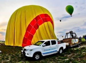 Cappadocia Hot Air Balloon - land on a pick up truck