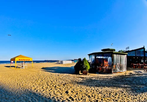 Things to do in Sunny Beach - Bulgaria - Beach Bars