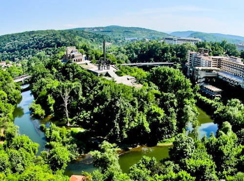 Things to do in Veliko Tarnovo Bulgaria - Asenevtsi Monument
