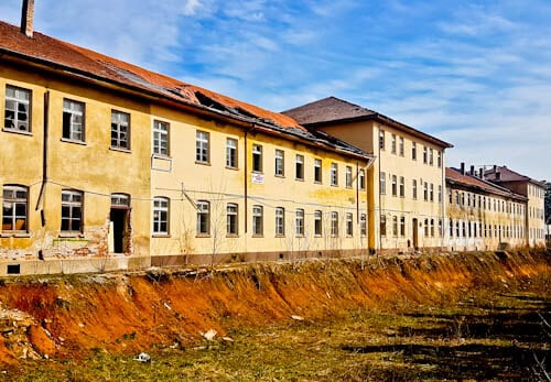 hings to do in Veliko Tarnovo Bulgaria - Abandoned Buildings (dark tourism)