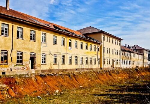 hings to do in Veliko Tarnovo Bulgaria - Abandoned Buildings (dark tourism)