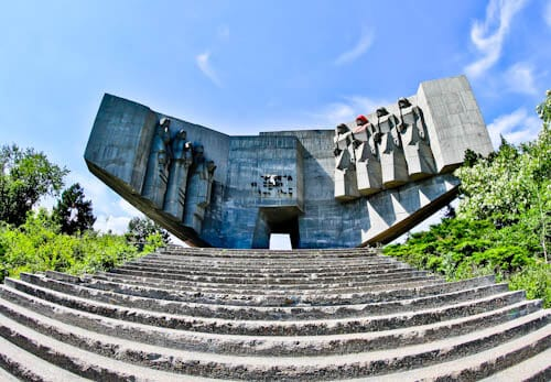 Things to do in Varna Bulgaria - Monument of the Bulgarian-Soviet Friendship