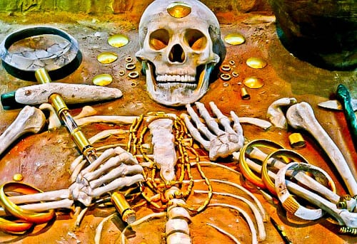 Things to do in Varna Bulgaria - Skeletons wearing gold jewelry