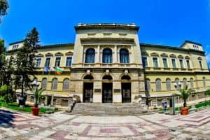 Things to do in Varna Bulgaria - Varna Archaeological Museum