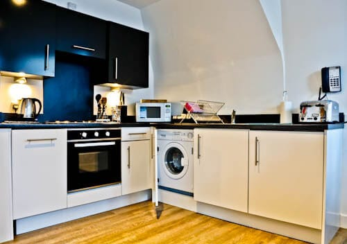 Serviced Apartments Edinburgh - Braid Apartments by Mansley - Kitchen