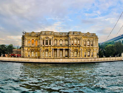 Things to do in Istanbul - Beylerbeyi Palace