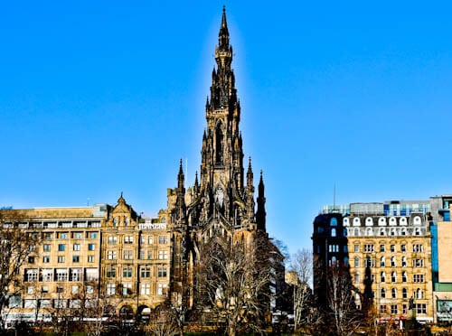 Edinburgh Landmarks + Top Instagram Spots - Scott Monument
