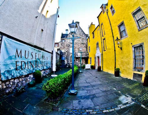 Edinburgh Landmarks + Top Instagram Spots - Museum of Edinburgh