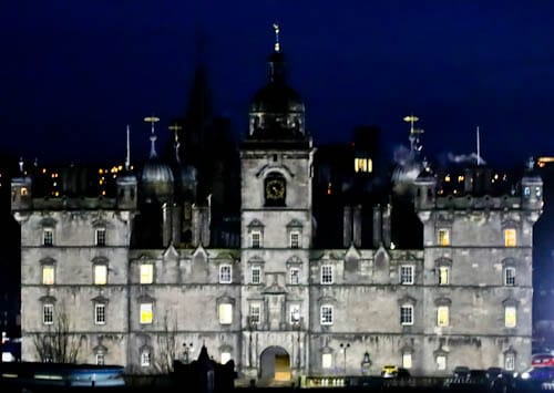 Edinburgh Landmarks + Top Instagram Spots - George Heriot's School