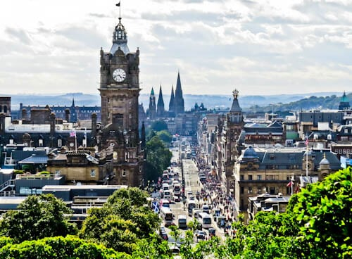 Edinburgh Landmarks + Top Instagram Spots - Princes Street