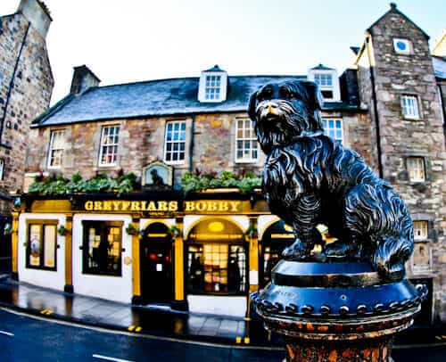 Edinburgh Landmarks + Top Instagram Spots - Greyfriars Bobby