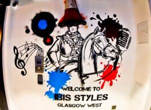 Hotels in Glasgow City Centre - Ibis Styles West - Mural