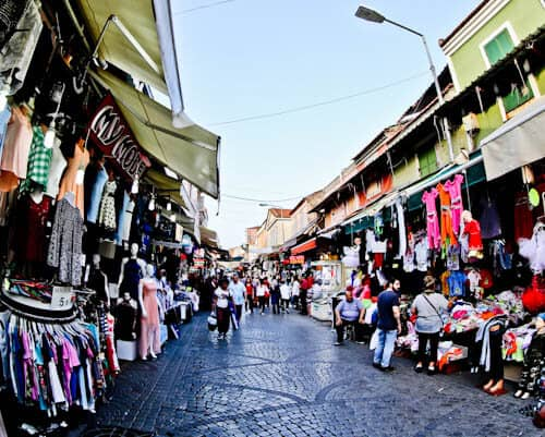 Things to do in Izmir Turkey - Kemeraltı - Markets and Bazaar