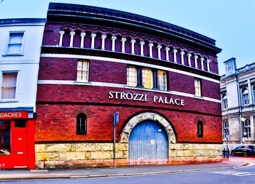 Strozzi Palace - Serviced Apartments Cheltenham - Location