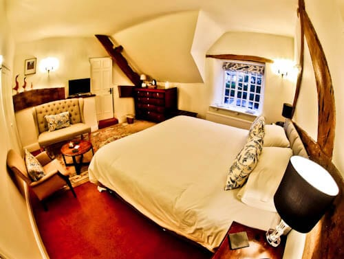 The West Arms - Hotels in North Wales - Guest Room