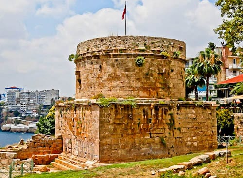 Things to do in Antalya Turkey - Karaalioglu Park and Hidirlik Tower