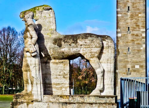 Olympiastadion - Berlin Olympic Stadium Tour - Horse Holder Statues
