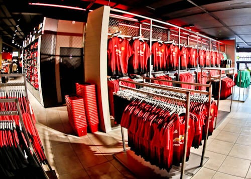 Old Trafford Stadium Tour - Theatre of Dreams - Old Trafford Club Shop