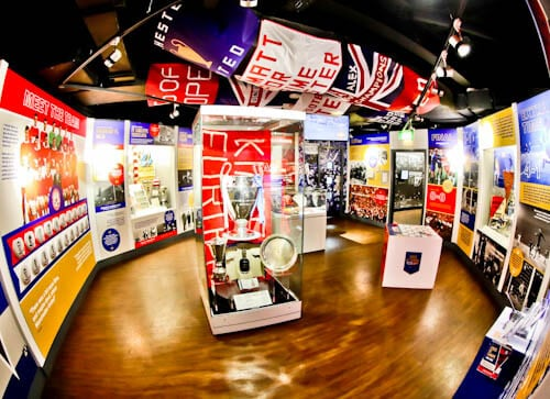 Old Trafford Stadium Tour - Theatre of Dreams - Manchester United Museum