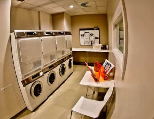 Staybridge Suites Extended Stay - Stratford City Hotels - Complimentary Laundry Facility