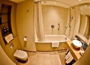 Staybridge Suites Extended Stay - Stratford City Hotels - Ensuite Bathroom
