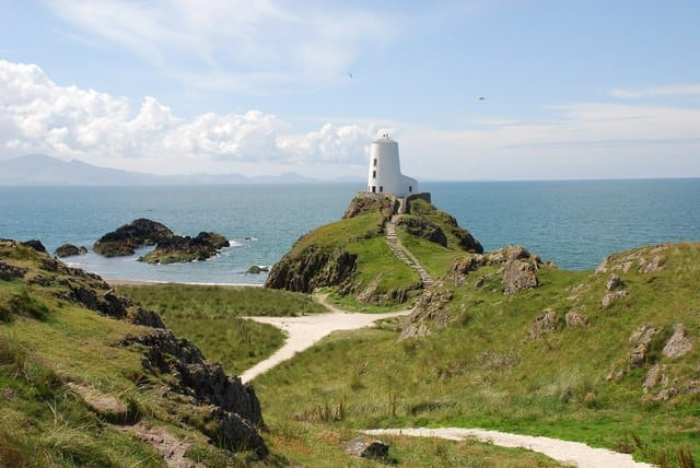 Nature Sights in the UK - Llanddwyn Island