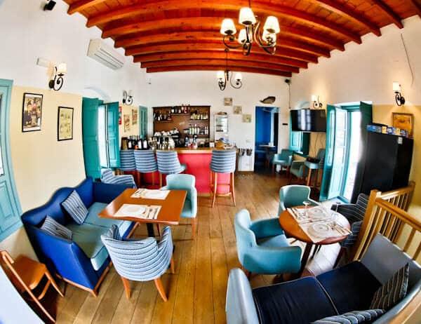 Manolis Tastes - Greek Restaurant Bar Cafe - Lipsi Island - Bar