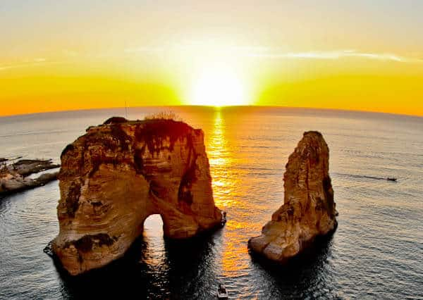 Things to do in Beirut Lebanon - Raouche Rocks